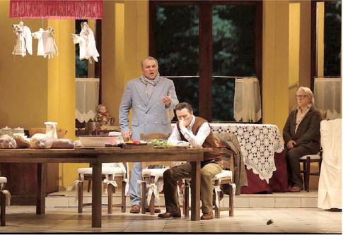 La traviata, Teatro alla Scala, 2013 (r. D. Cerniakov)