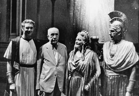 1944: premiera absolută a operei