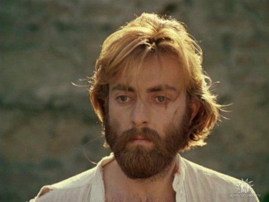 """Actorul georgian Edisher Giorgobiani în rolul pictorului Sandro Baratelli din filmul """"Căința"""" de Tenghiz Abuladze."""