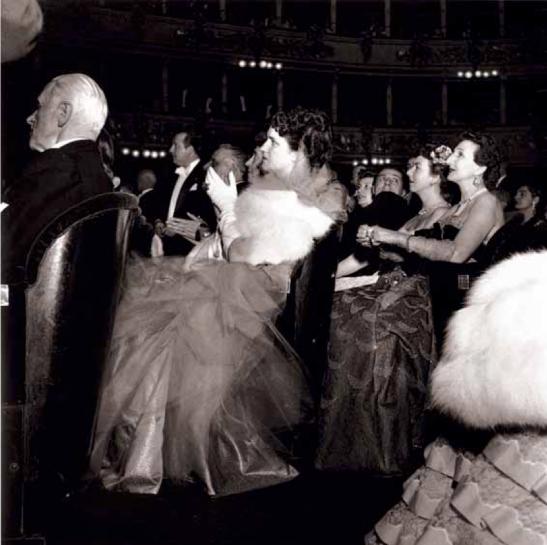 Publicul de la Teatro alla Scala, 1951 © E. Piccagliani, Teatro alla Scala.