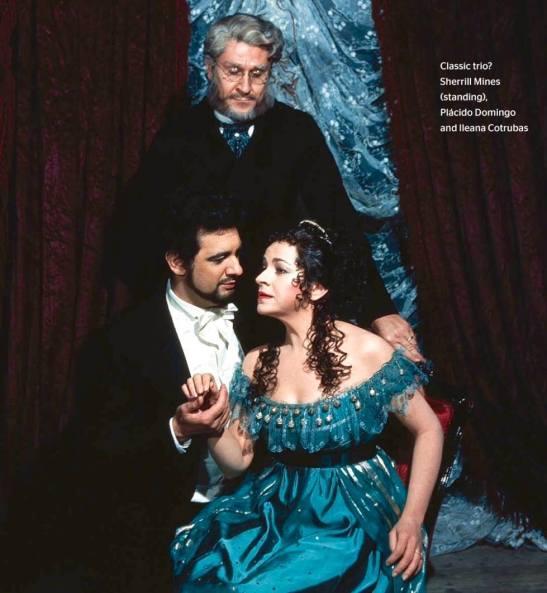 Un trio clasic? Sherill Milnes (în picioare), Plácido Domingo și Ileana Cotrubaș