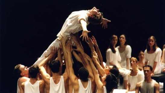 Hamburg Ballet - HolgerBadekow
