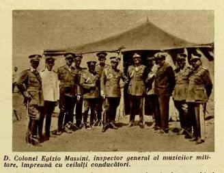 D. Colonel Egizio Massini, inspector general al muzicilor militare, împreună cu ceilalți conducători