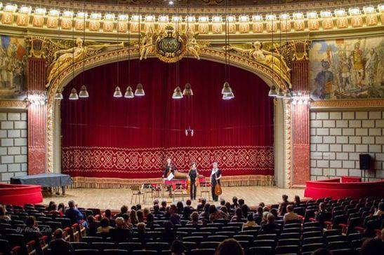 Publicul Ateneului în stagiune