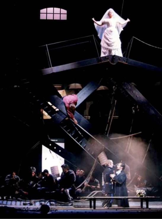 « Oh tremendo» June Anderson (Lucia), Roberto Alagna (Edgardo), Gino Quilico (Enrico), regia: Andrei Șerban, Opéra National de Paris 1999.