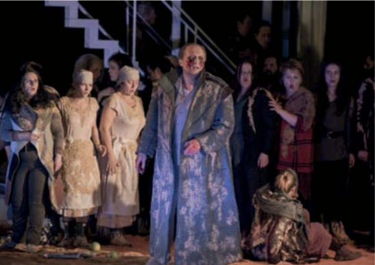 Davide Damiani în rolul titular din opera lui George Enescu, Œdipe