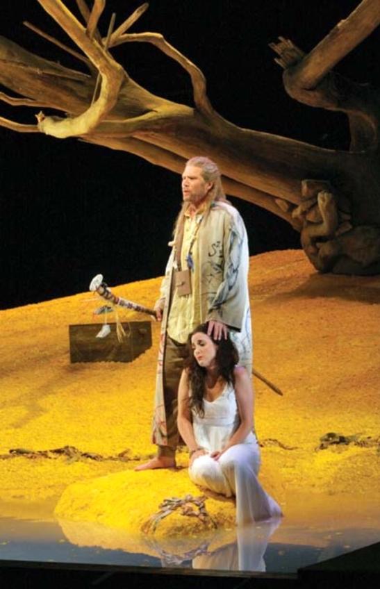 5 - The Tempest de Ades, pusa in scena de Jonathan Kent la Santa Fe in 2006, cu Rod Gilfry in rolul lui Prospero si patricia Risley - Miranda