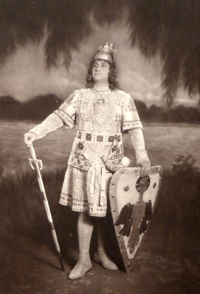 Romulus Vrăbiescu, primul Parsifal român (aici în Lohengrin)