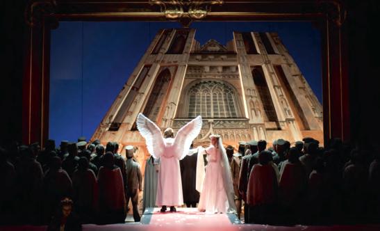 Prea radicală, sau nu destul de radicală? Montarea lui Kasper Holten pentru Lohengrin la Deutsche Oper în 2012