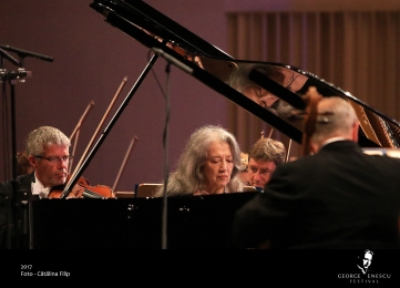 12 sept- Royal Philharmonic_Argerich_Dutoit07 - Catalina Filip