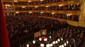 Președintele Materella a primit cinci minute de aplauze la deschiderea stagiunii de la Teatro alla Scala